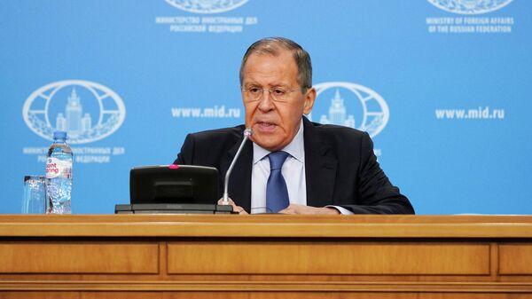 Исполняющий обязанности министра иностранных дел РФ Сергей Лавров во время пресс-конференции по итогам деятельности российской дипломатии 2019 года