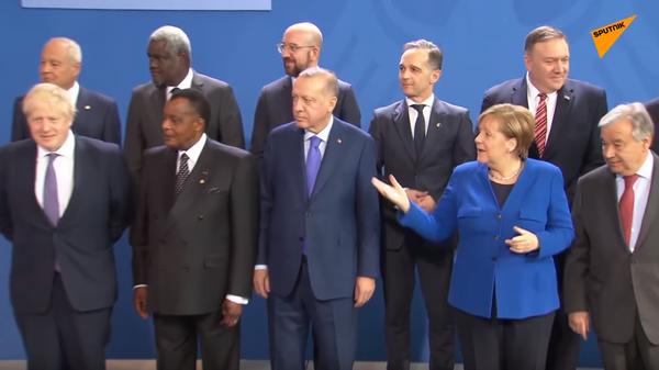 Макрон и Меркель потеряли Путина на саммите в Берлине
