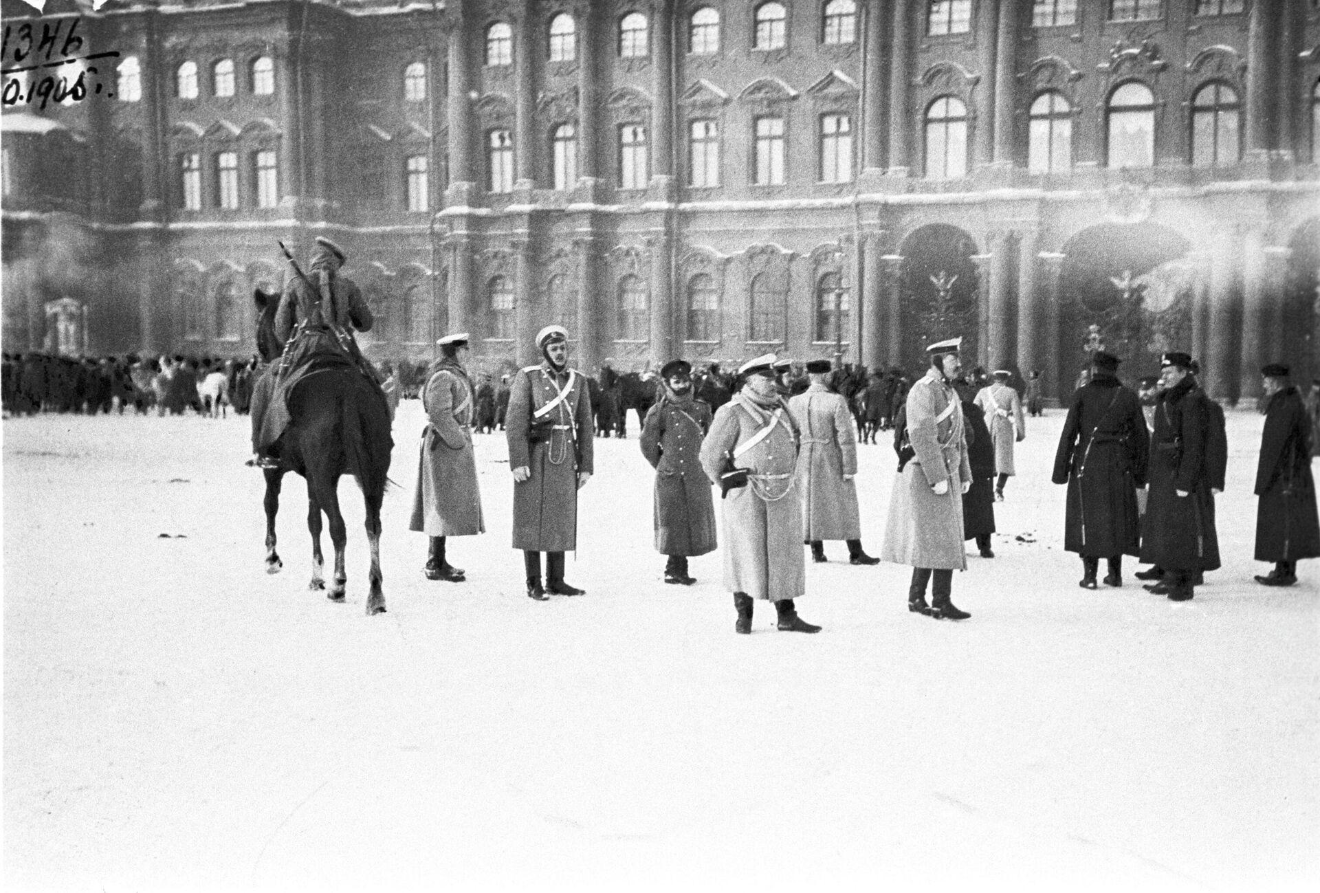 Кровавое воскресенье. Демонстрация петербургских рабочих 9 января 1905 года. - РИА Новости, 1920, 31.01.2021