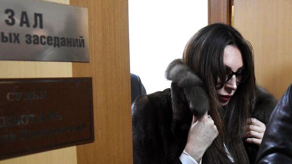 Актриса Наталья Бочкарева выходит из зала судебных заседаний в Преображенском суде Москвы. 20 января 2020