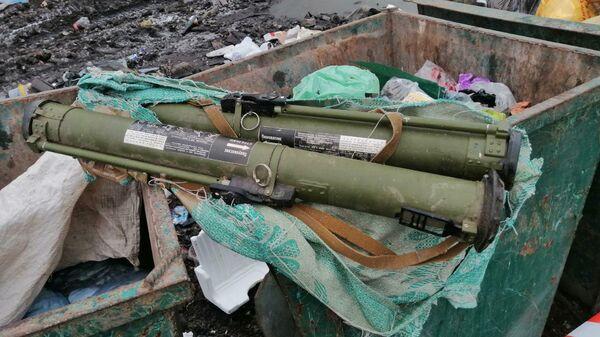 Противотанковые гранаты РПГ-26, обнаруженные в мусорном баке в Житомирской области