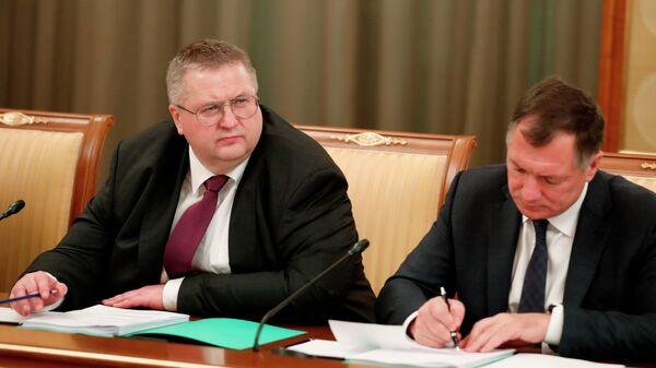 Заместитель председателя правительства РФ Алексей Оверчук и заместитель председателя правительства РФ Марат Хуснуллин