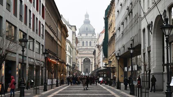 Вид на Базилику Святого Иштвана в Будапеште