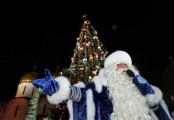 Дед Мороз на соборной площади Кремля