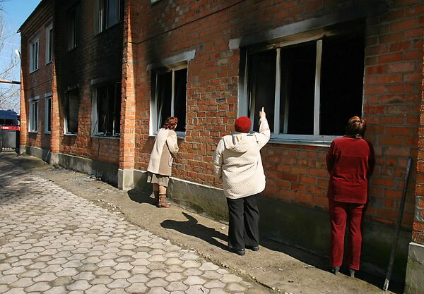 Пожар в доме престарелых в станице Камышеватская Краснодарского края. Архив