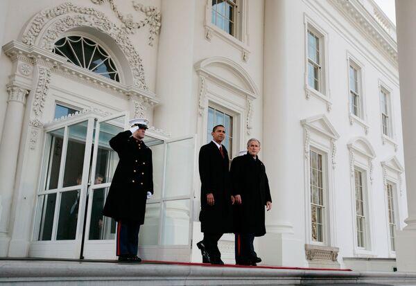 Президент США Джордж Буш младший и новоизбранный президент США Барак Обама