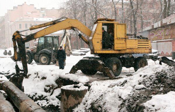 Газопровод в Новосибирске пробили буром во время земляных работ