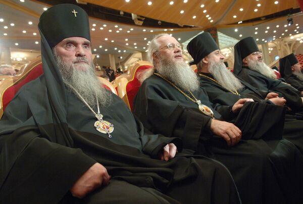 Архиерейский собор Русской православной церкви проходит в храме Христа Спасителя