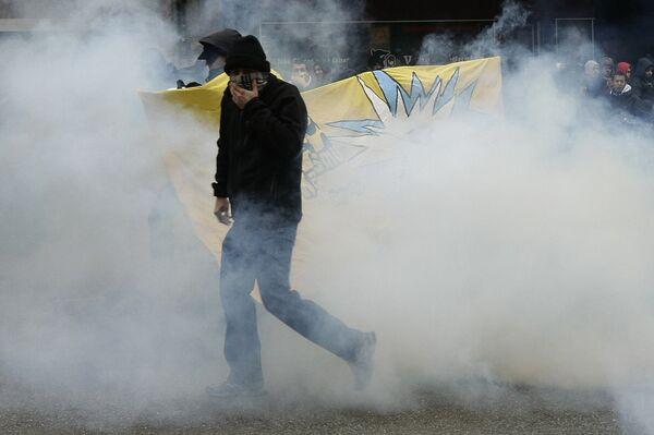 Демонстрация антиглобалистов против Давосского экономического форума переросла в столкновения с полицией в Женеве