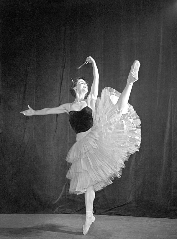 Н.Кургапкина в сцене из балета Л.Минкуса Дон Кихот