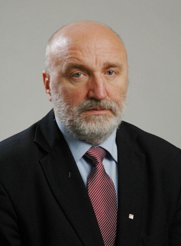 Премьер-министр Латвии Годманис подал в отставку