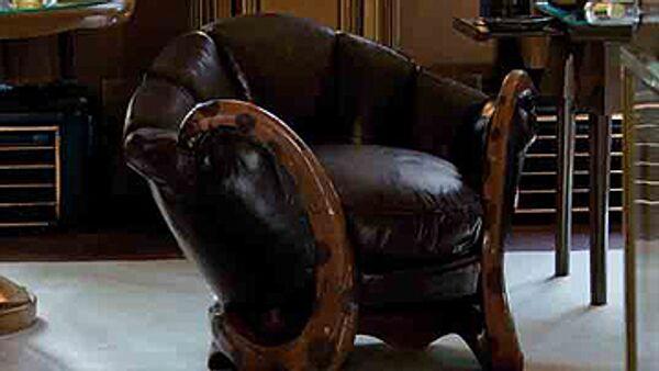 Кресло из коллекции Ива Сен-Лорана ушло на аукционе за 22 млн евро