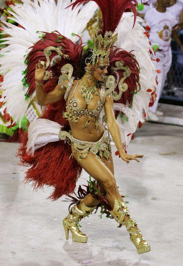 Школа самбы Салгейру победила на Карнавале в Рио-де-Жанейро