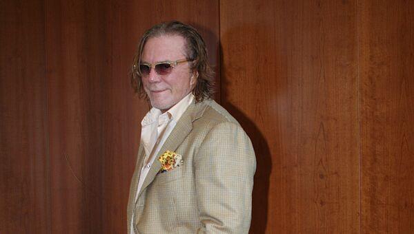 Голливудский актер Микки Рурк в отеле Ararat Park Hyatt Moscow