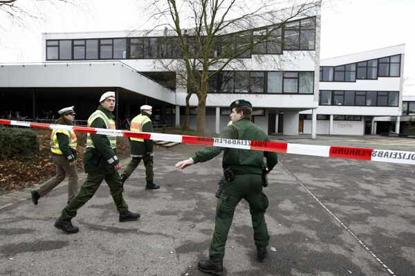 Возле гимназии города Виннендене, в которой была открыта стрельба