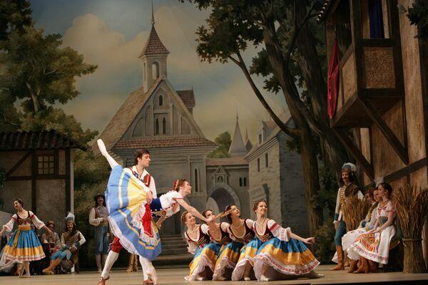Сцена из I действия балета Коппелия