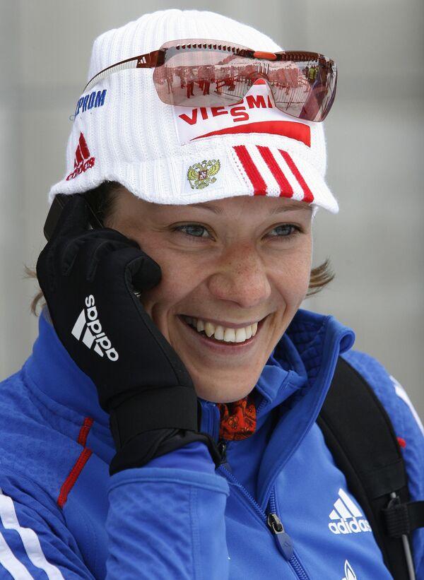 Ольга Зайцева после финиша спринта на этапе КМ по биатлону в Тронхейме