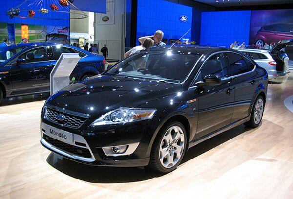Автомобиль Ford Mondeo, архивное фото