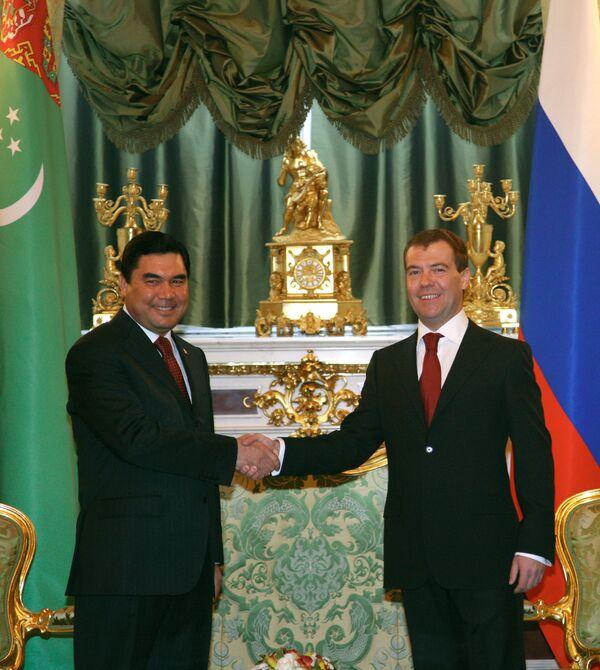 Встреча президентов России и Туркменистана Дмитрия Медведева и Гурбангулы Бердымухамедова