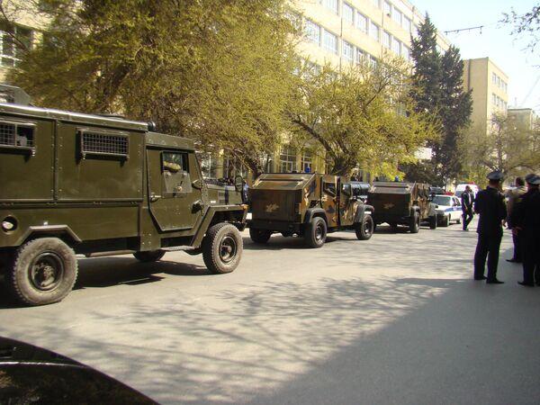 Устроивший стрельбу в вузе Баку мужчина действовал обдуманно - врач