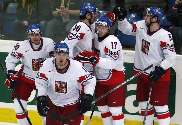 Чешские хоккеисты выиграли у шведов на первом этапе Евротура