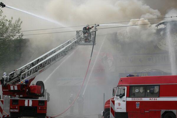 Пожар произошел в общежитии РУДН, два человека пострадали
