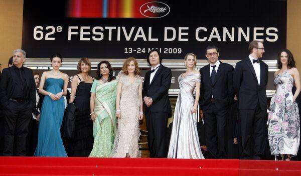 Международный Каннский кинофестиваль открылся на Лазурном побережье