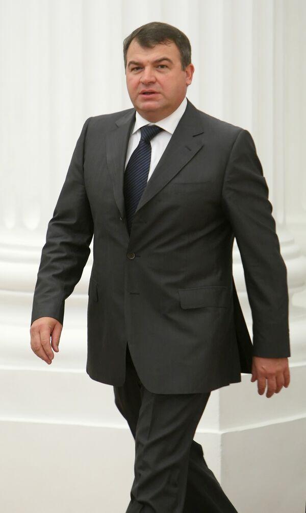 Министр обороны России Анатолий Сердюков. Архив