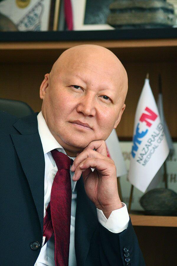Кандидат в президенты Киргизии Женишбек Назаралиев