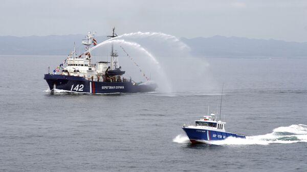 Российская береговая охрана в Японском море. Архивное фото