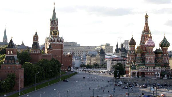 Вид на Кремль и храм Покрова Божией Матери