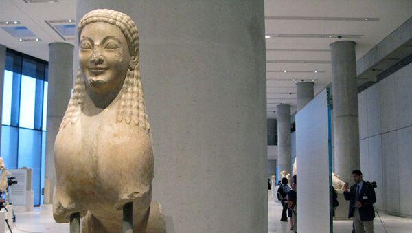 Новый музей Акрополя открылся в Афинах