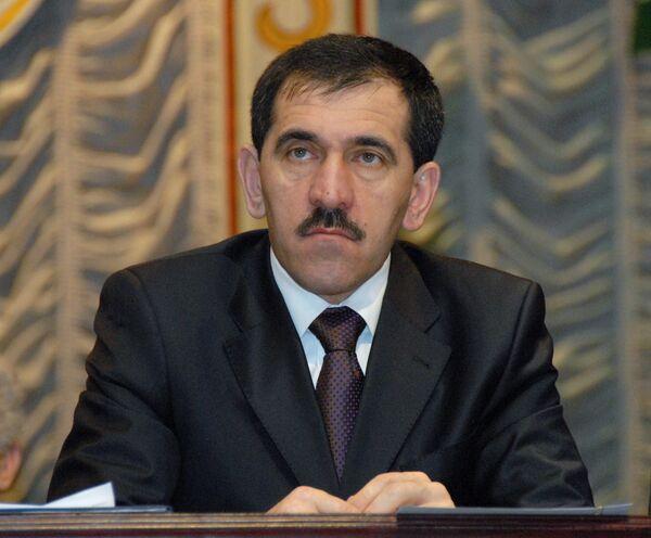 Президент республики Юнус-Бек Евкуров на съезде народов Ингушетии