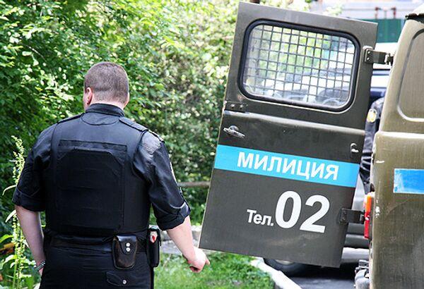 Милиция ищет неизвестного, который похитил из гримерной Марии Ароновой два мобильных телефона