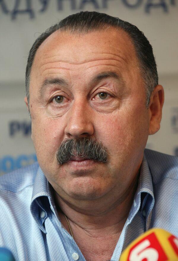Главный тренер ФК Динамо (Киев) Валерий Газзаев