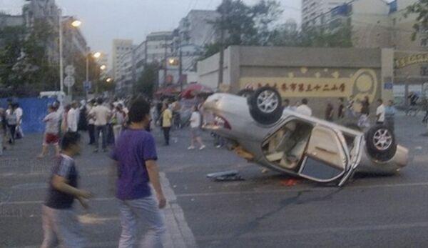 Число погибших в столкновениях на западе Китая выросло до 156 человек