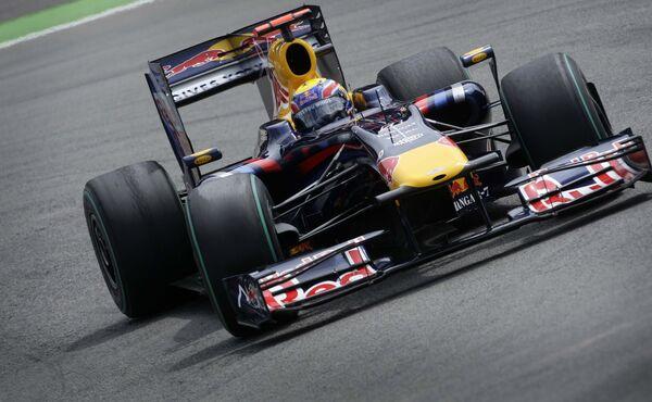 Пилот команды Ред Булл Марк Уэббер выигрывает Гран-при Германии