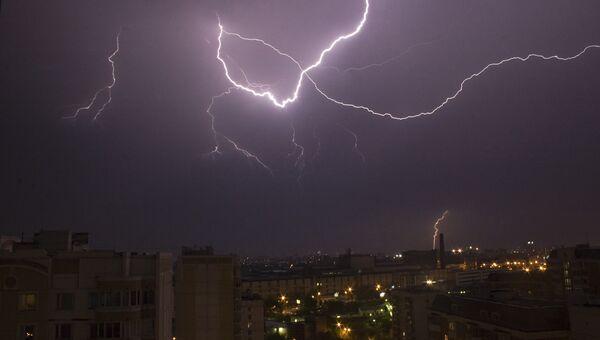 Ученые Москвы хотят добывать электричество из молний и золото из нефти