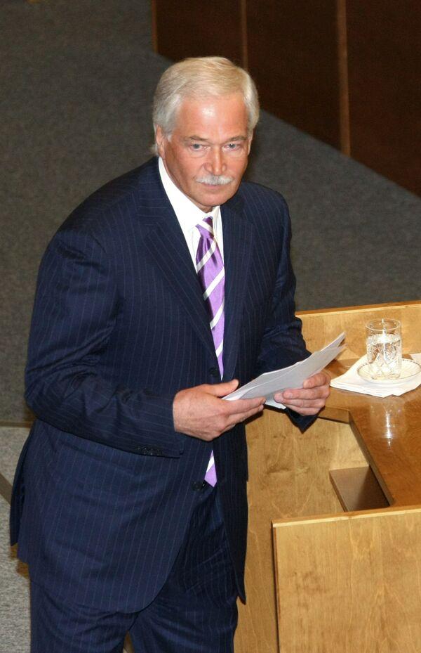Грызлов доволен участием всех парламентских фракций в обсуждении бюджета-2010