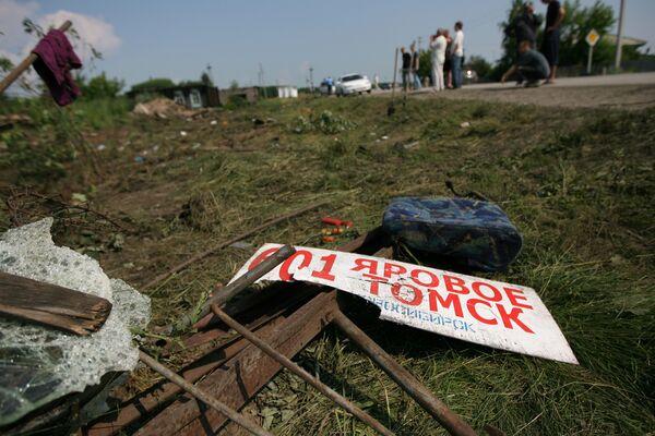 На месте автокатастрофы пассажирского автобуса следовавшего рейсом Томск-Новосибирск-Яровое