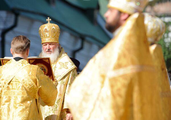 Патриарх Московский и всея Руси Кирилл провел литургию в Киево-Печерской Лавре