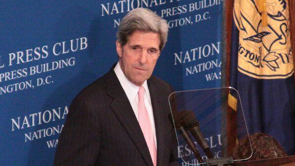 Глава сенатского комитета по международным делам демократ Джон Керри