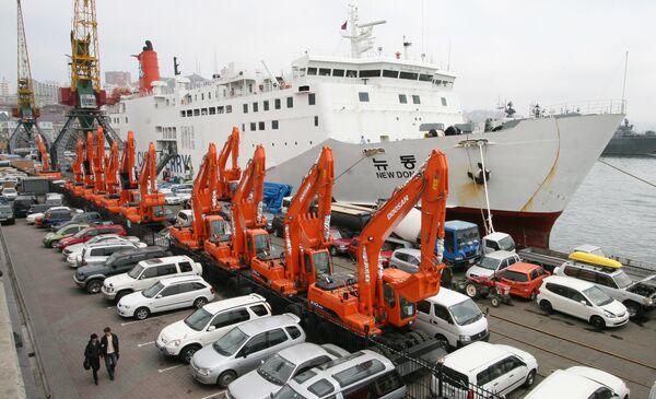 Путин сохранит льготы на доставку автомобилей на Дальний Восток