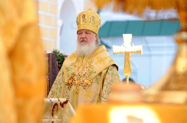 Патриарх Московский и всея Руси Кирилл во время литургии в Киево-Печерской лавре