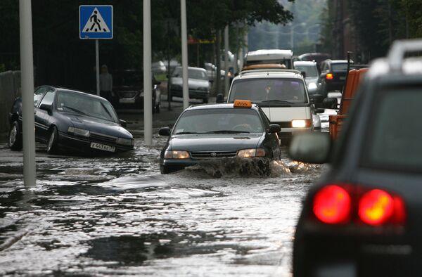 Последствия сильного ливня в Калининграде