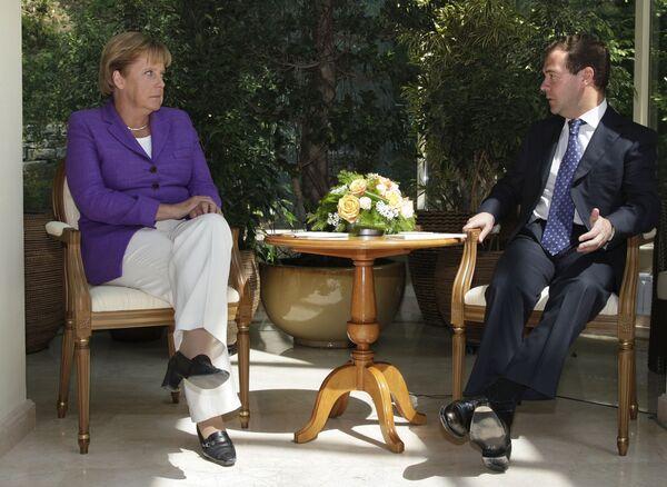Президент РФ Д.Медведев провел встречу с Федеральным канцлером Германии А.Меркель в Сочи