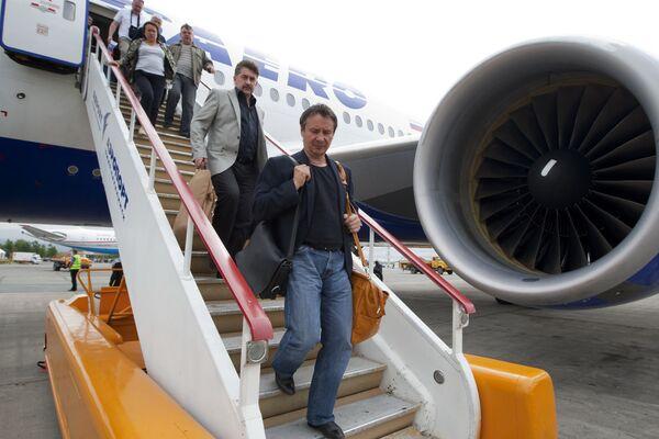 Пассажиры авиакомпании Трансаэро