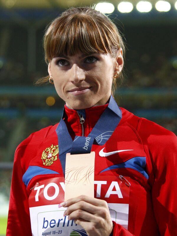 Российская бегунья Антонина Кривошапка стала двукратным бронзовым призером чемпионата мира в Берлине