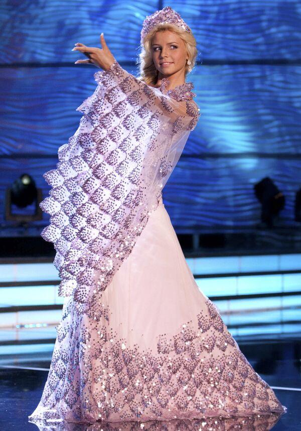 Мисс Украина-2009 Кристина Коц-Готлиб на конкурсе Мисс Вселенная