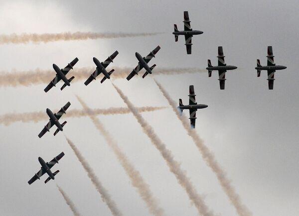 Пилотажная группа Фречче Триколори. Авиасалон МАКС-2009